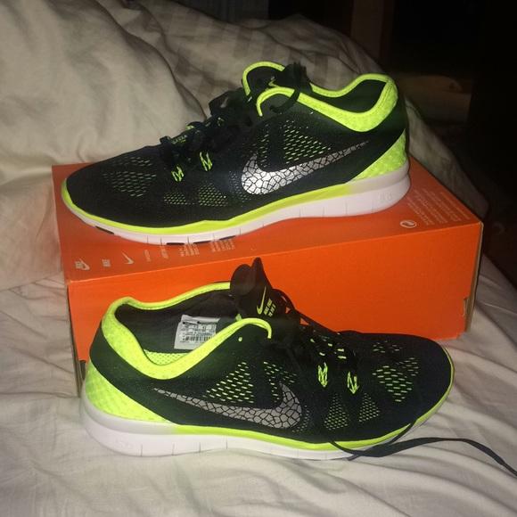Zapatos Nike New Free 50 Tr Corriendo Fit 5 Brthe Mujeres Corriendo Tr Poshmark 4f6286